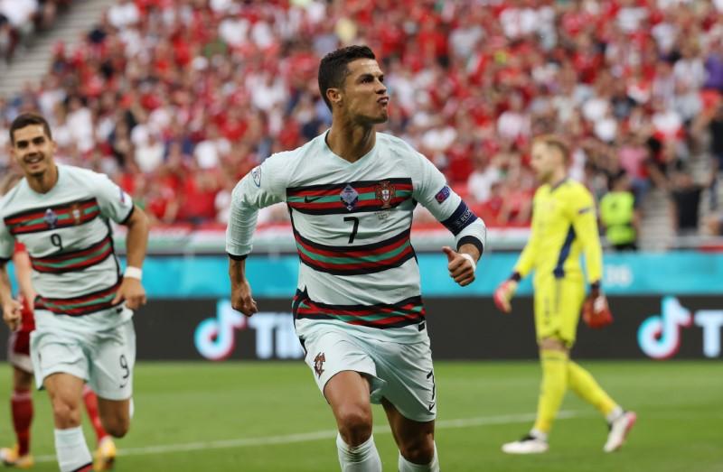Đội hình ra sân Bồ Đào Nha vs Đức: CR7 so tài với Gnabry