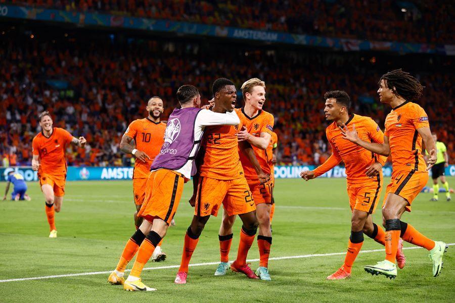 Đội hình ra sân dự kiến Bắc Macedonia vs Hà Lan: Ake thay Blind