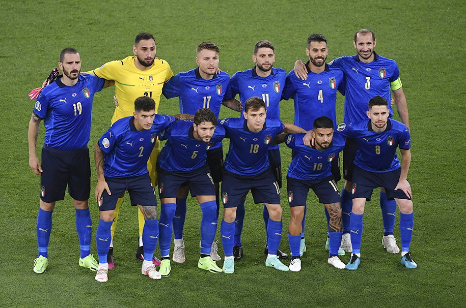 Vì sao ĐT Italia sẽ đeo băng tay đen trong trận đấu gặp Xứ Wales hôm nay?