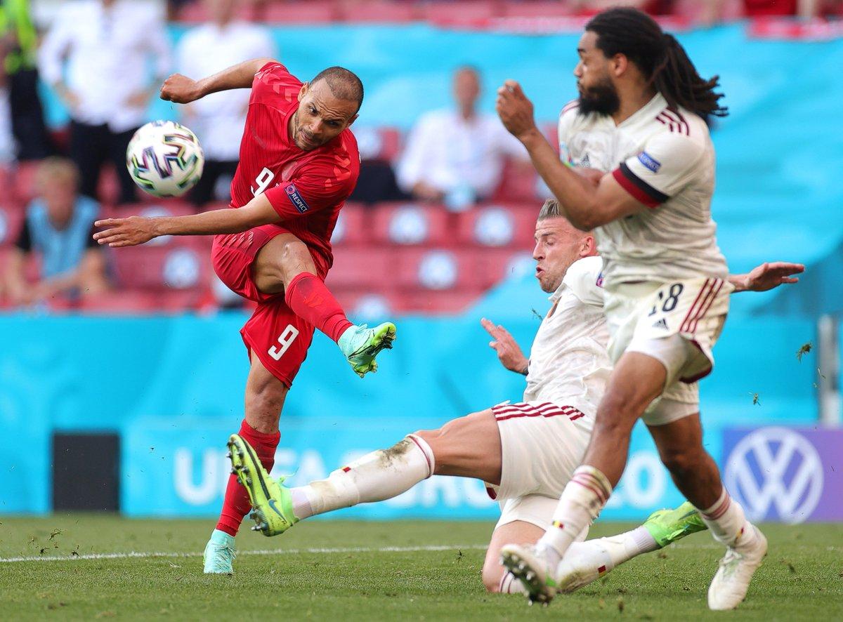 Đội hình ra sân Nga vs Đan Mạch: Dzyuba đấu Braithwaite