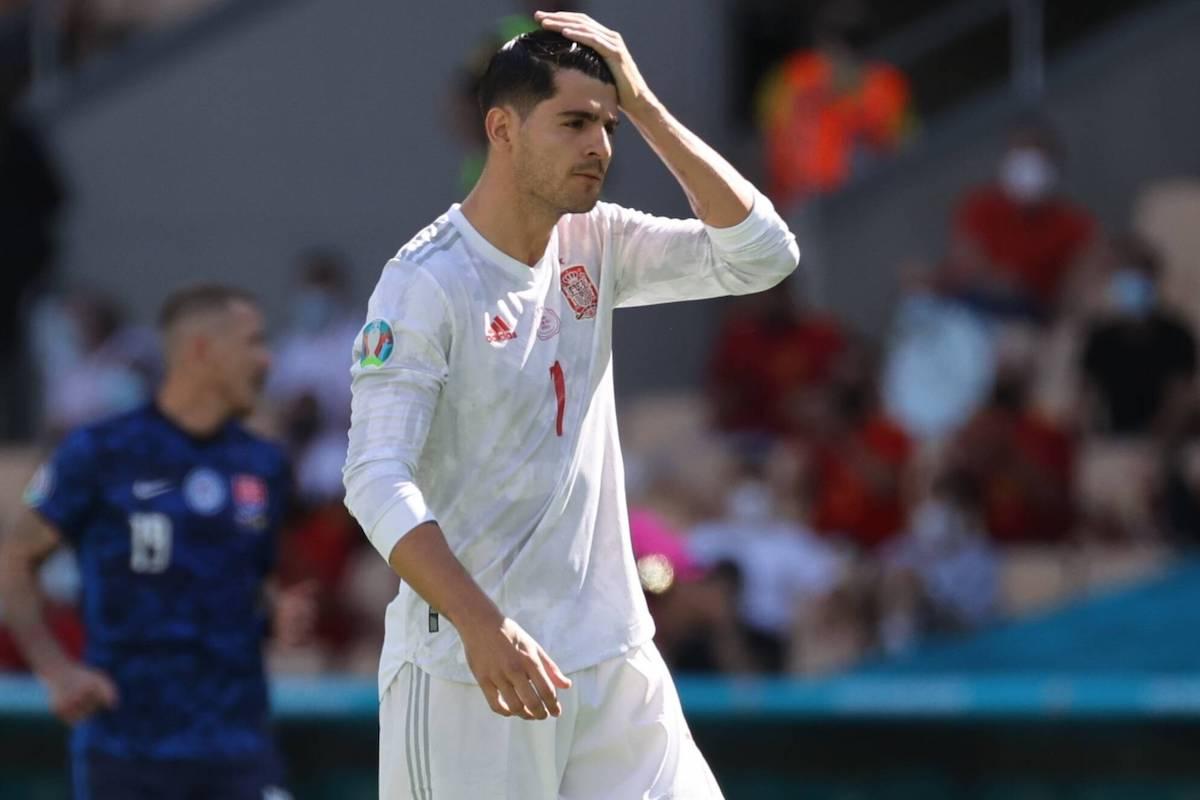 Tây Ban Nha đau khổ trên chấm phạt đền vì