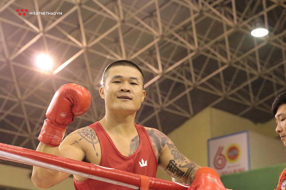 Boxer Trương Đình Hoàng trổ tài dự đoán EURO: Lại hóa
