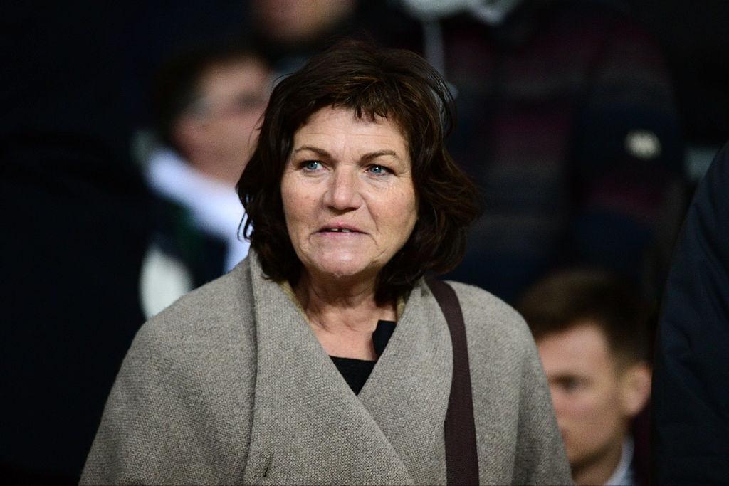 Drama đội tuyển Pháp: Phụ huynh mạt sát nhau vì một bàn thua