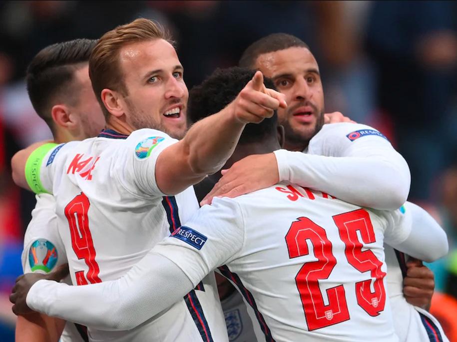 CĐV Anh khó đến ủng hộ đội nhà trong trận gặp Ukraine