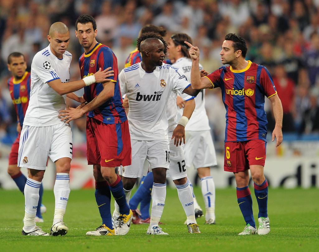 ĐT Tây Ban Nha bị chỉ trích, Xavi đổ lỗi cho... Real Madrid