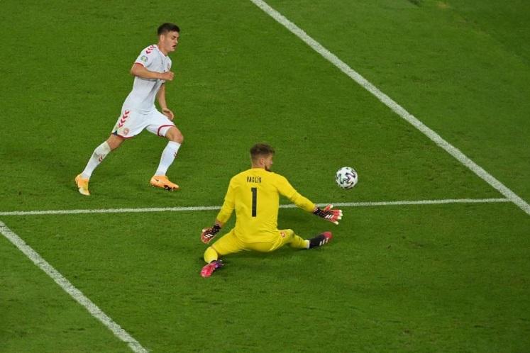 Video Highlight CH Séc vs Đan Mạch, tứ kết EURO 2021