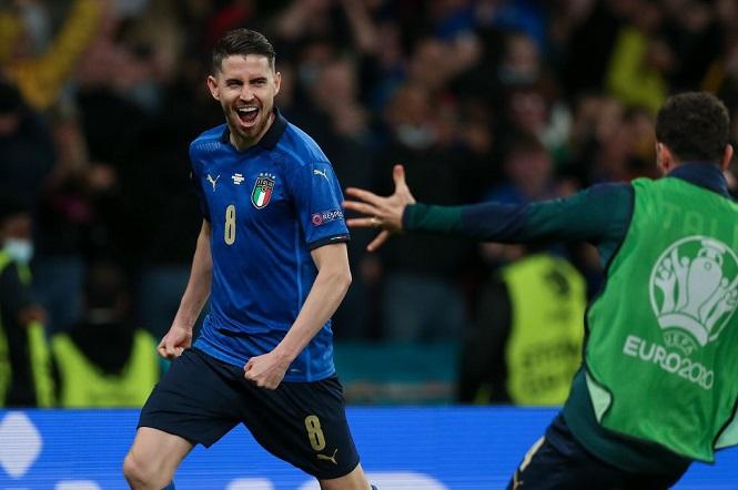 Nhật ký EURO 2021 ngày 7/7: Italia vượt qua cuộc đấu súng nghẹt thở