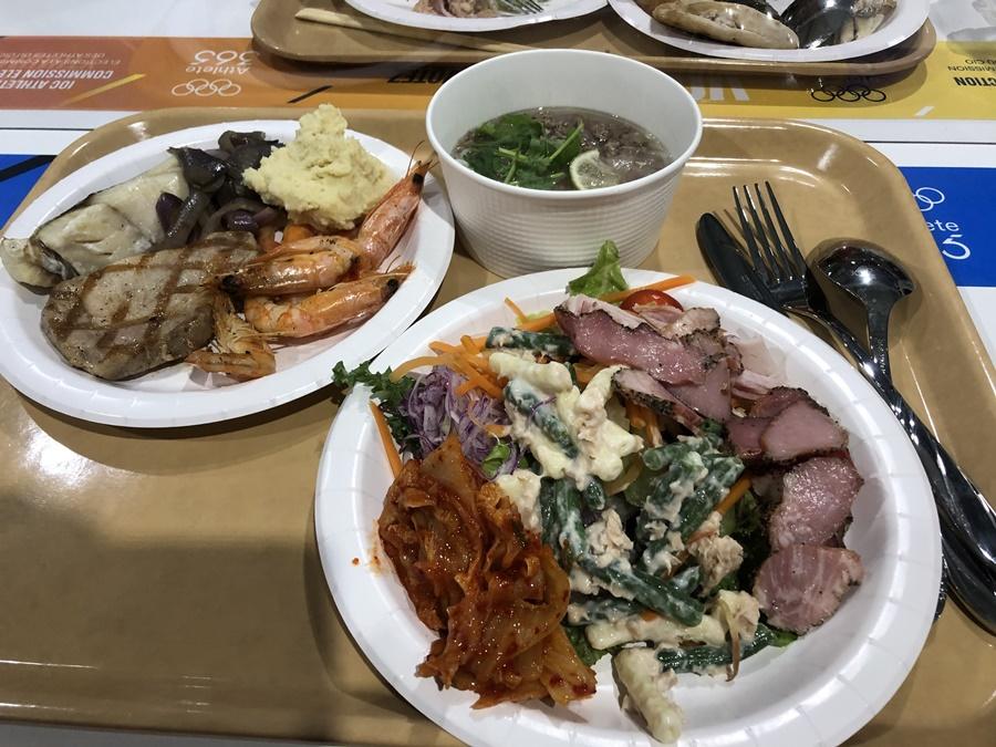 Choáng ngợp trước 700 món ăn ở nhà ăn Olympic 2021
