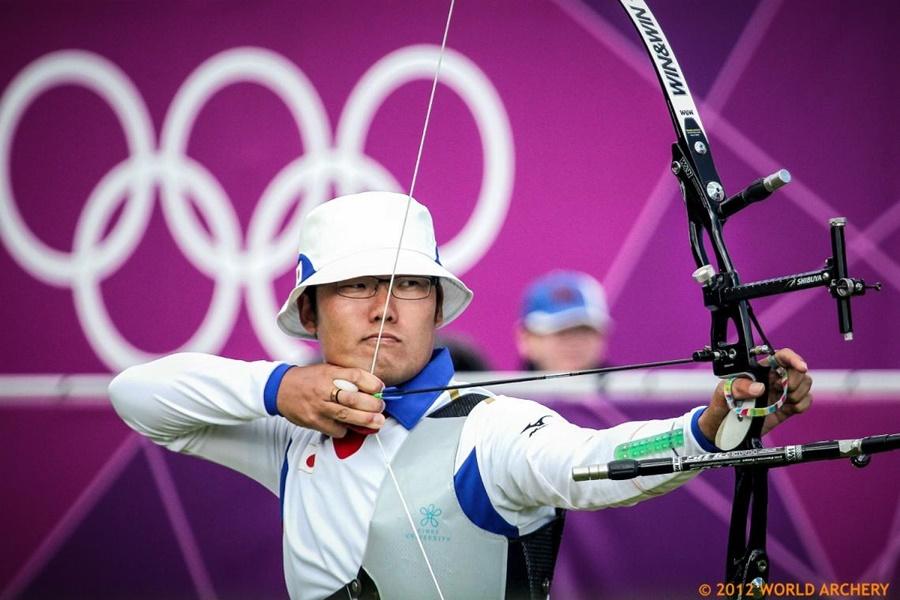 Cung thủ Ánh Nguyệt so tài đối thủ đáng... tuổi cô, từng giành huy chương Olympic