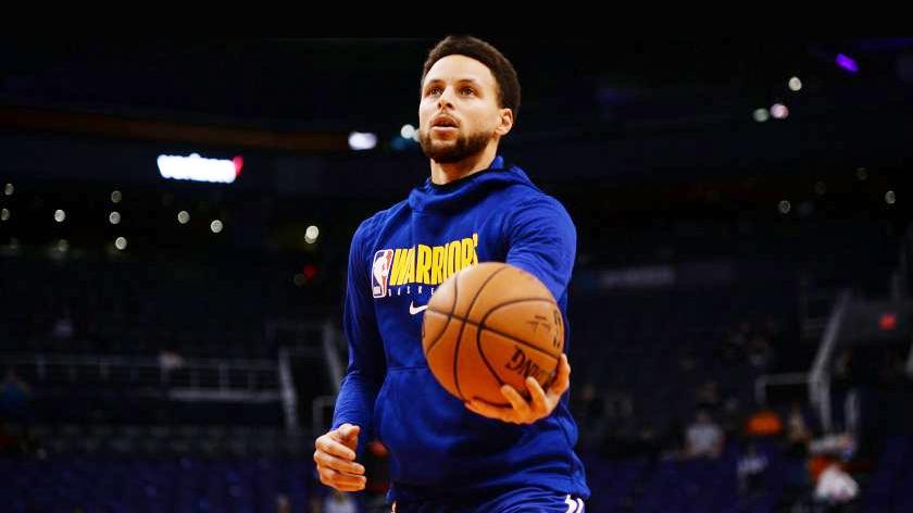 Soi top 5 cú trickshot điên rồ của siêu sao bóng rổ Stephen Curry