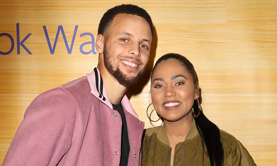 Bỏ qua scandal của bố mẹ, Curry và vợ làm điều hay cho VĐV nữ-soi cầu ku casino-đánh bài online đổi thẻ điện thoại-TB88