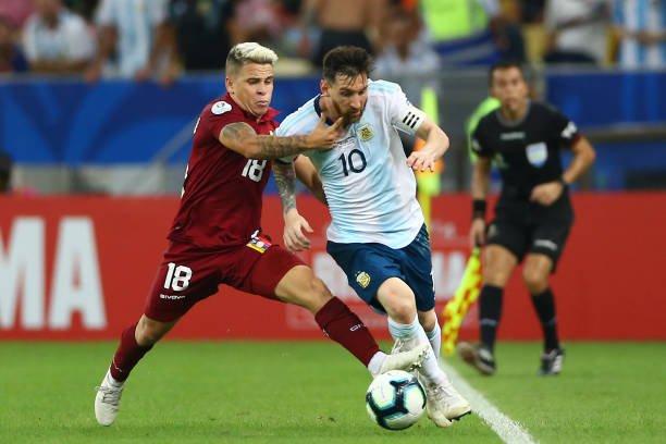 Trực tiếp Venezuela vs Argentina: Chờ Messi tỏa sáng