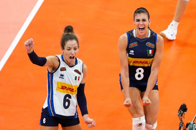 """Phá """"dớp Serbia"""", tuyển bóng chuyền nữ Italia vô địch châu Âu năm 2021"""