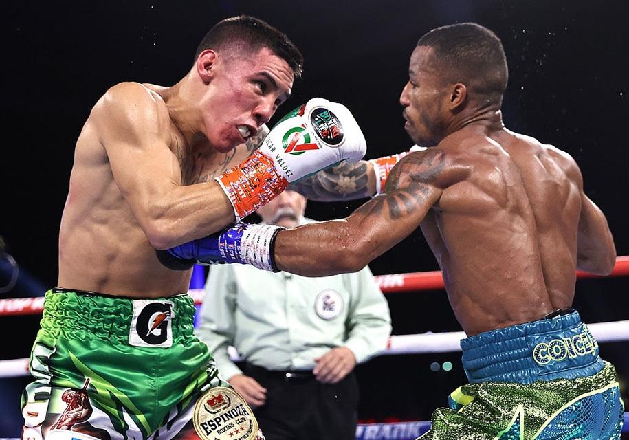 Boxing: Oscar Valdez bảo vệ đai WBC đầy tranh cãi trước Robson Conceicao