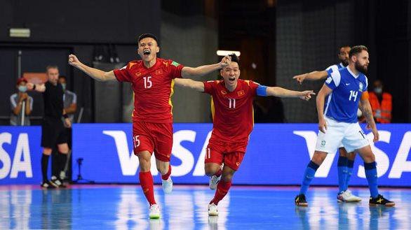 Trực tiếp futsal Việt Nam vs Séc: Chờ Hồ Văn Ý trổ tài