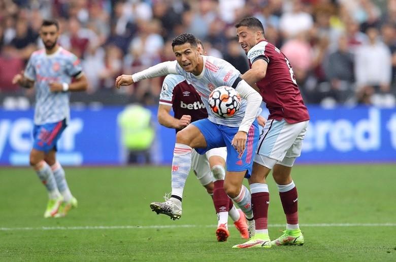 Đội hình ra sân MU vs Aston Villa: Ronaldo lĩnh xướng hàng công