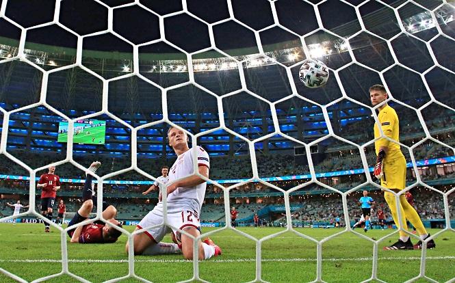 Dolberg chỉ cần 2 trận để vào top ghi bàn tại EURO cho Đan Mạch
