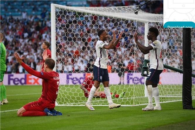 Tuyển Anh lần đầu tiên hưởng lợi từ bàn phản lưới nhà