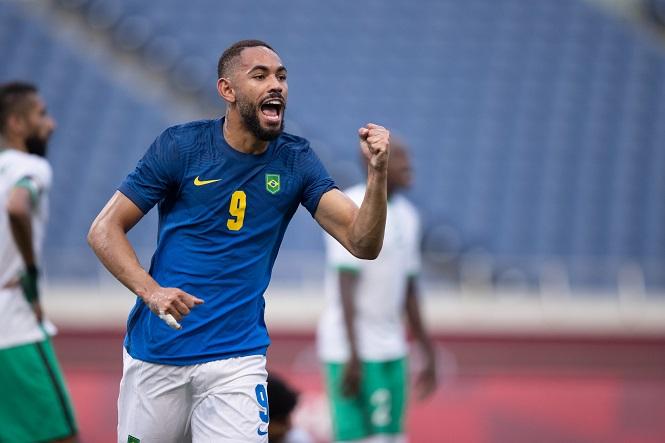 Cunha ghi bàn cho U23 Brazil tại Olympic sau cuộc gọi từ quê nhà