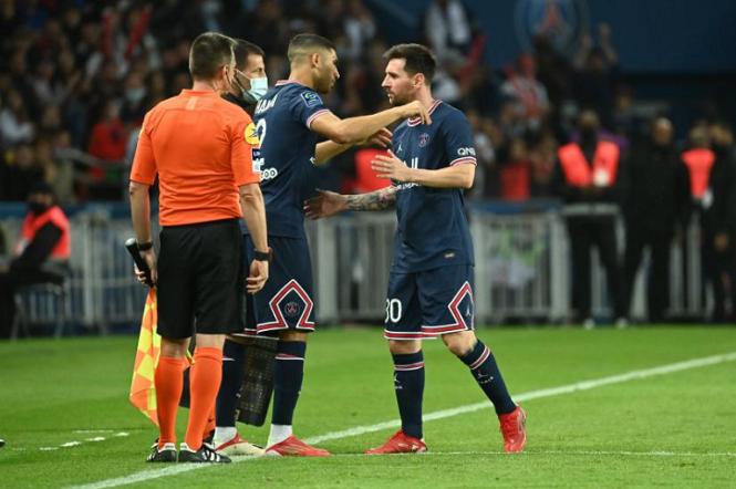 Truyền thông Nam Mỹ ngạc nhiên về việc Messi bị thay thế