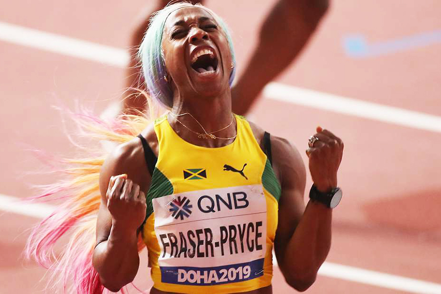 """""""Nữ hoàng tốc độ đương đại"""" lập thông số chạy 100m nhanh thứ hai trong lịch sử"""
