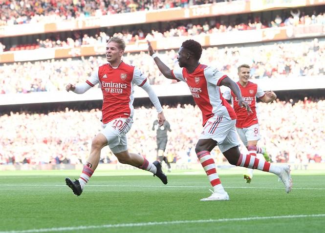 Bộ đôi tuổi đôi mươi của Arsenal làm nên lịch sử ở trận derby London