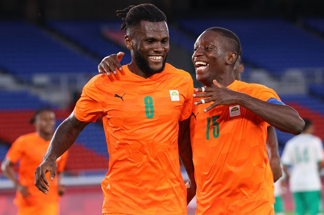 Xem Amad Diallo của MU kiến tạo cho Kessie ghi bàn ở Olympic