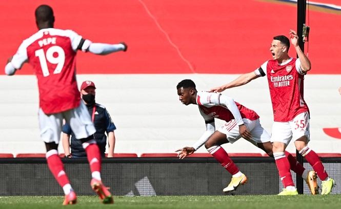 Nketiah ghi bàn muộn nhất cho Arsenal sau hơn 4 năm