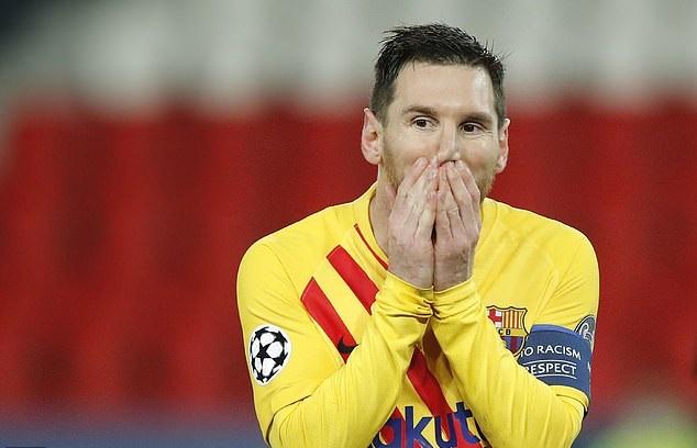 Koeman tuyên bố về Messi sau khi Barca bị loại khỏi Champions League
