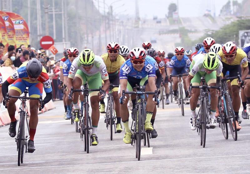 Trực tiếp đua xe đạp Cúp truyền hình HTV 2021 hôm nay 7/4