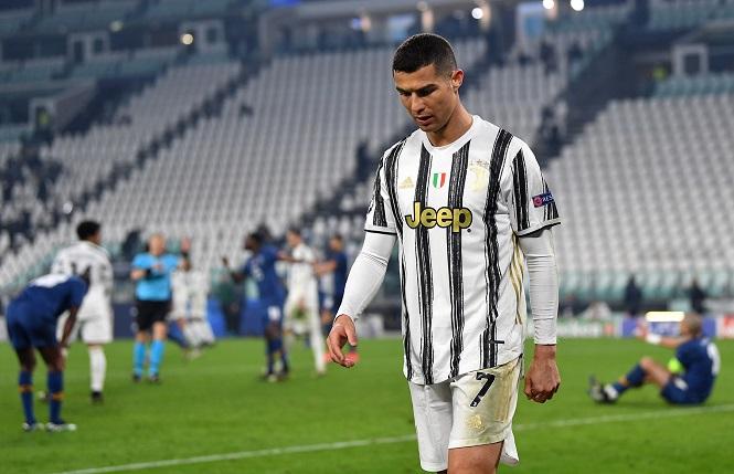 Ronaldo bác bỏ tin đồn về tương lai sau khi rời Champions League
