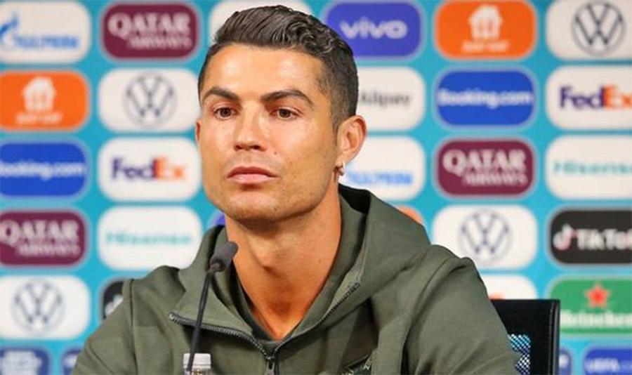 Coca Cola có kiện UEFA và Pogba có tẩy chay Heineken không?