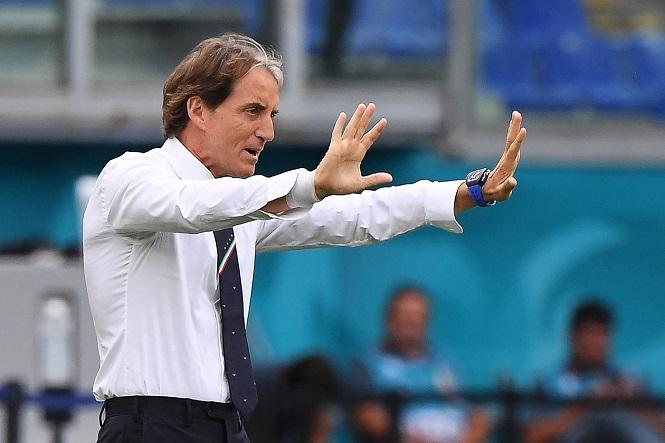 HLV Mancini vẫn khiêm tốn dù Italia toàn thắng tại EURO 2021