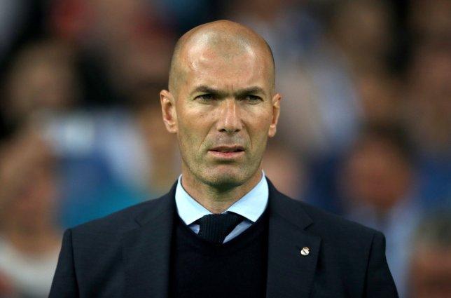 CĐV Chelsea chửi rủa Sarri-ball và kêu gọi BLĐ bổ nhiệm cái tên sốc vào ghế nóng