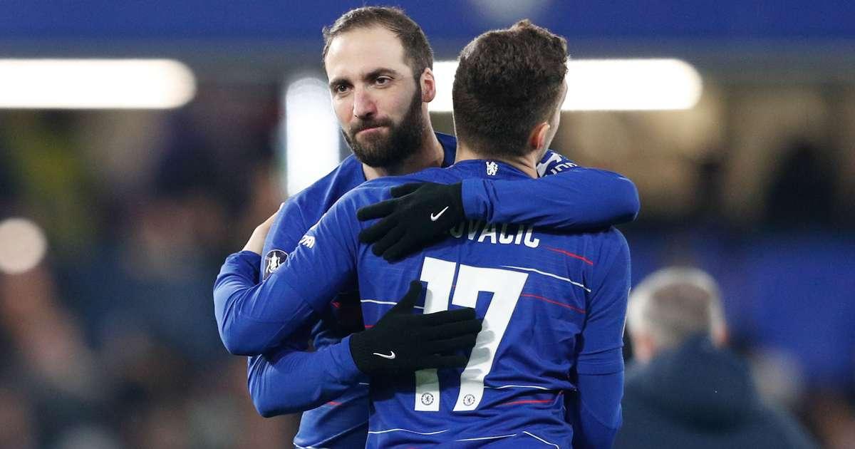 Án phạt cấm chuyển nhượng ảnh hưởng gì đến Pulisic, Higuain và Kovacic tại Chelsea?