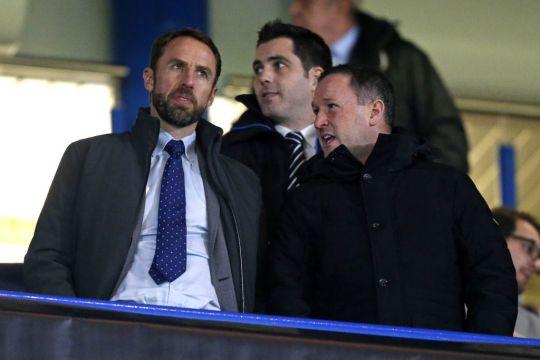 BLĐ Chelsea chốt xong cái tên sẽ thay Sarri lập tức nếu để thua Man City ở chung kết Carabao Cup