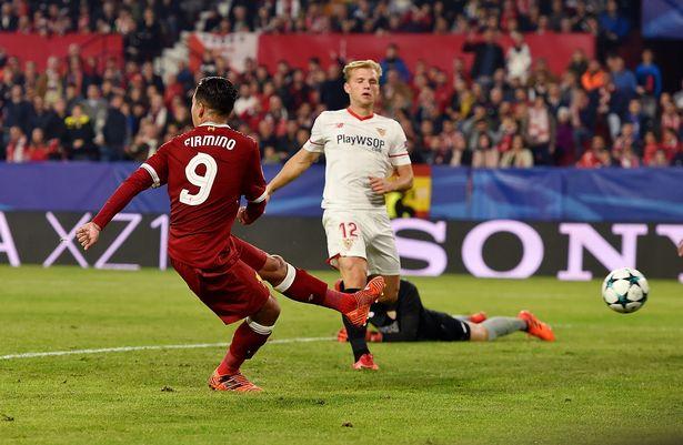 Trước đại chiến MU - Liverpool, Firmino nói gì về ghi bàn không cần nhìn?
