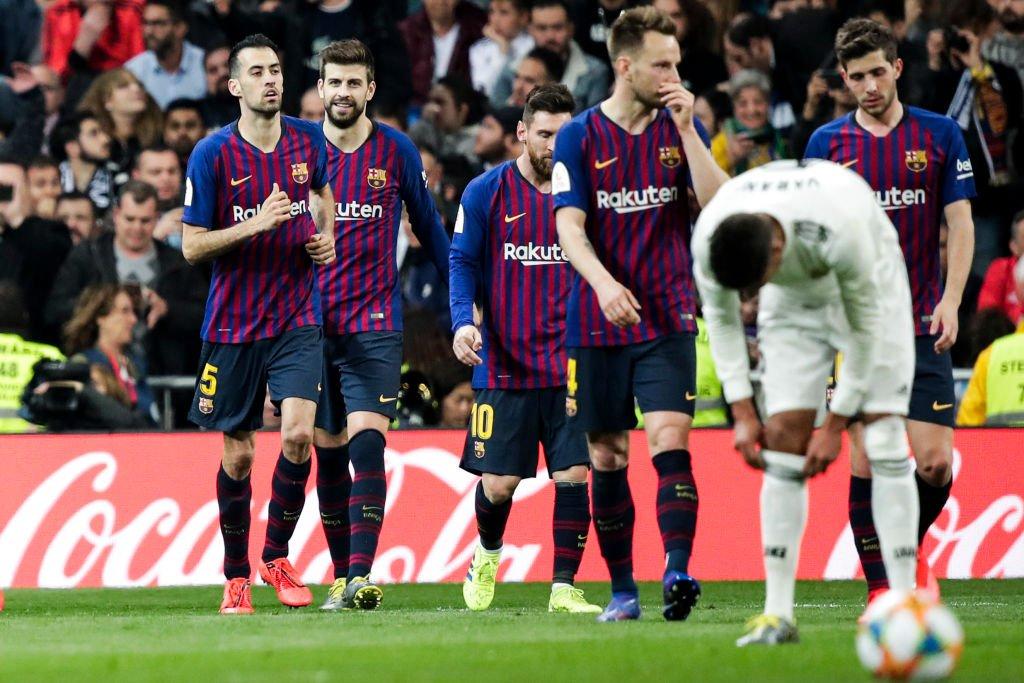 Real Madrid hứng chịu chuỗi kết quả sân nhà tệ nhất 15 năm qua sau khi thua Barca