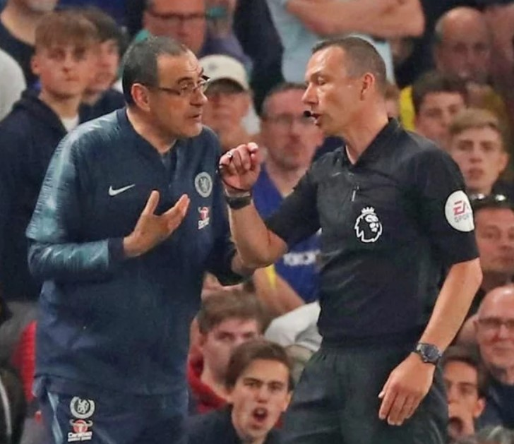 Tin bóng đá 24/4: HLV Sarri chính thức bị FA sờ gáy sau khi bị đuổi ở trận gặp Burnley
