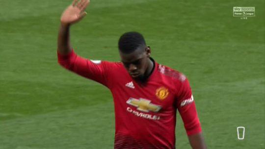 Phản ứng của Pogba ở trận MU vs Man City sau khi bị huyền thoại chỉ trích