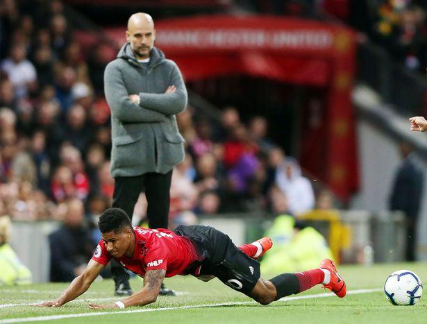 Marcus Rashford hé lộ nội tình phòng thay đồ MU sau thất bại trước Man City