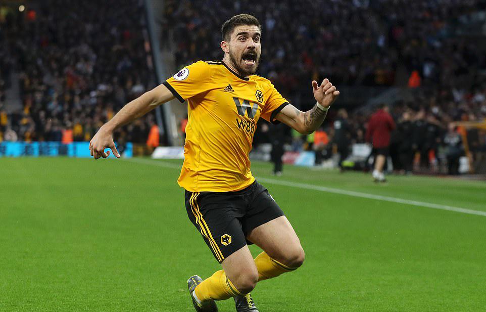 Đại bác Ruben Neves, thất bại kỷ lục của Arsenal và những điểm nhấn ở trận thua sốc Wolves