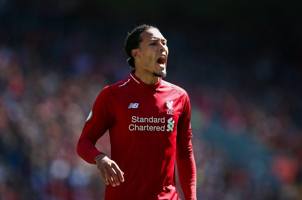 Người hâm mộ Liverpool thích thú về cách MU từng mua hụt Van Dijk