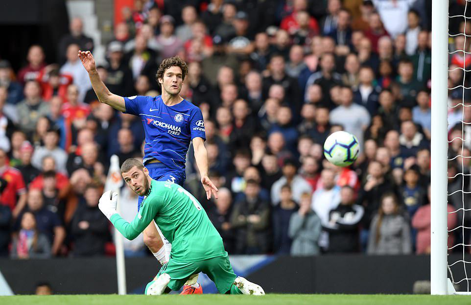 Tội đồ De Gea, dấu ấn người hùng Alonso và những điểm nhấn ở trận MU vs Chelsea