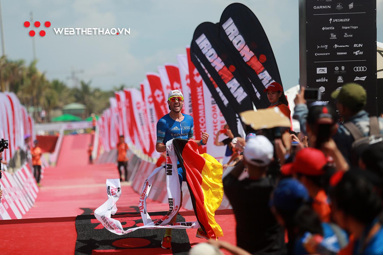 Patrick Lange và Holly Lawrence thắng thuyết phục, lập kỷ lục IRONMAN 70.3 Vô địch châu Á Thái Bình Dương 2019