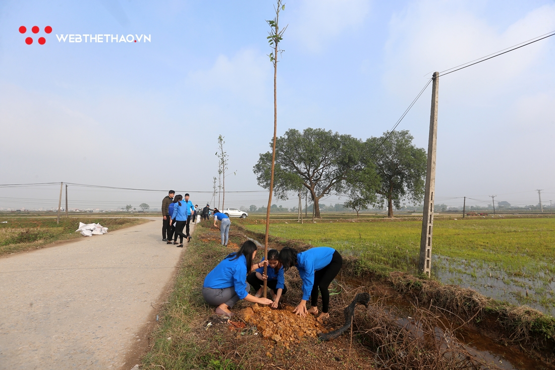500 cây xanh - Món quà của runner tham dự HCT 2019 đã được trồng tại xã Mỹ Lương