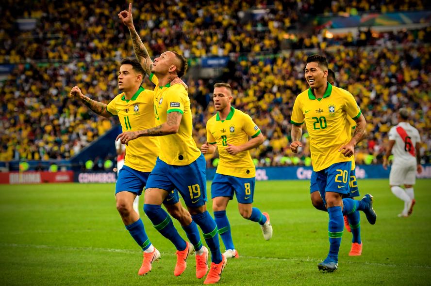 Brazil thống trị mọi giải thưởng sau khi vô địch Copa America: Dani Alves và Alisson lần lượt được vinh danh