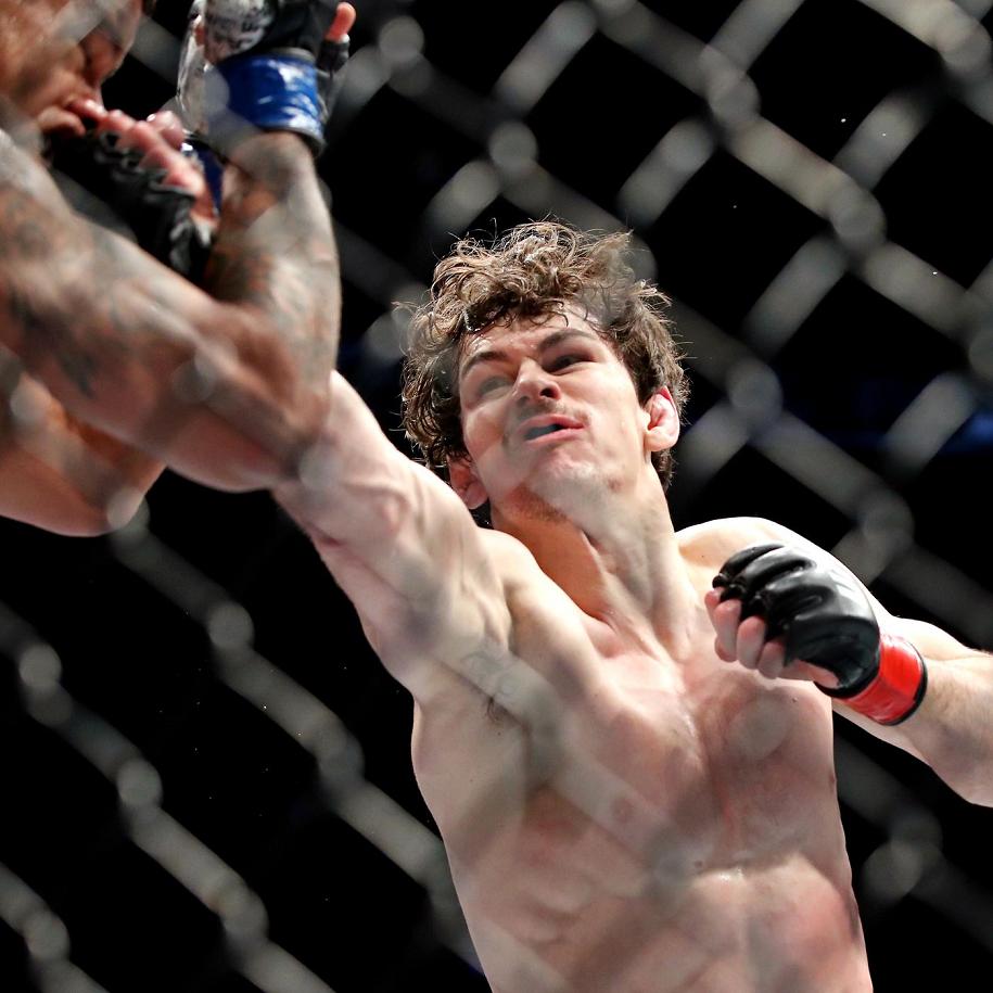 Nhận định Olivier Aubin-Mercier vs Arman Tsarukyan tại UFC 240, 8h ngày 28/7