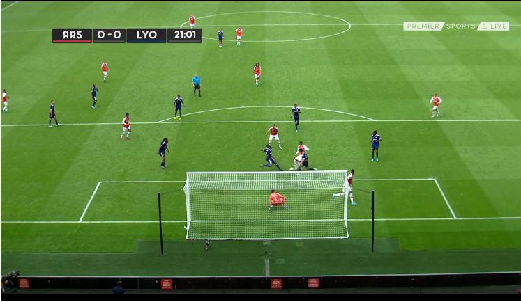 Kết quả Arsenal vs Lyon (1-2): Ceballos ra mắt, Arsenal thua nhạt nhòa
