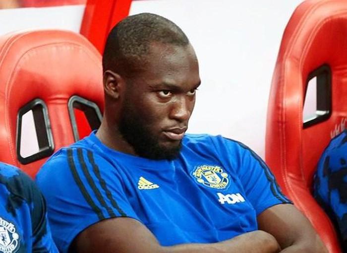 MU có lý do để không mua thêm tiền đạo dù Lukaku ra đi